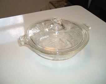 Vintage Pyrex Covered Casserole 096 696 Embossed Fern Leaf and Lattice  Work