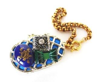 Clearance sale Vintage lattice cabochon gold wristlet coin purse
