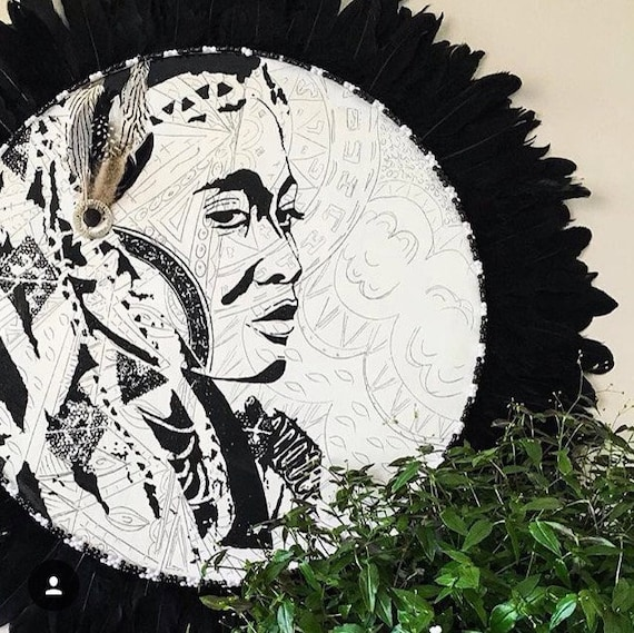 Round Tribal Wall Art Black Feathers and White Timber Porthole with African Design / Wakulu the Warrior Woman