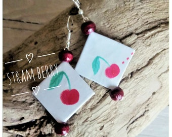 Paper Pendant earrings with print