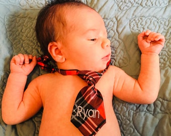 Baby Boy, Any Name, Monogram neck Tie, Christmas Plaid, Personalized Gift, Infant Mini Size, Newborn Portraits, Photos Embroidered, Holiday