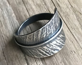 Medium Feather wrapped ring