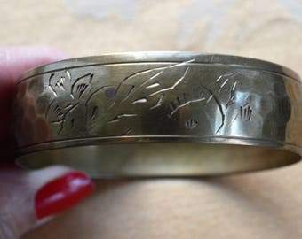 Brass Floral, Leaf Bangle Bracelet, Vintage, Hammered