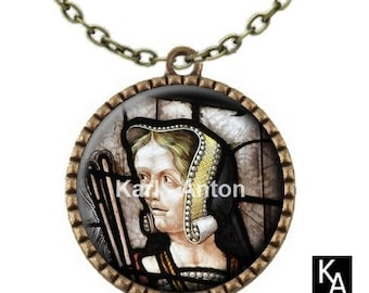 Bronze color necklace with round pendant + chain pattern stained glass Lady to the cuff (675)