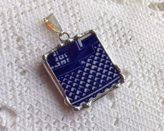 Broken China Jewelry - Blue Willow Pendant