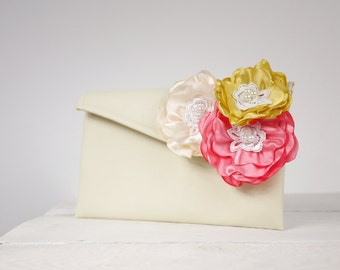 Bridesmaid clutches / Wedding clutches - Custom Colors