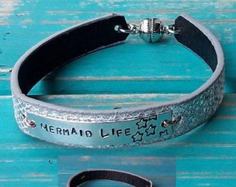 Bracelet cuff style/mermaid, upcycled belt for girls