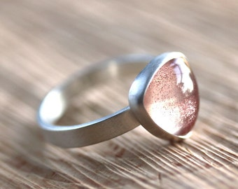 Oregon Sunstone Ring, Apricot Peach Pink Triangle Gemstone Sterling Silver Ring Summer Fashion Sunstone Jewelry  - Size 6.5 - Firefly