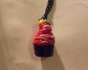 Cupcake Charm Necklace (Red Twist)