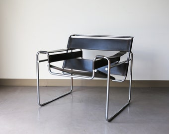 Sold *** Authentic Knoll B3 by Marcel Breuer in dark brown leather