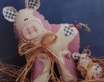 Vintage Craft Instructions Bacon Buddies Stuff-n-Stitches No 148 Mom Baby Pig 1994
