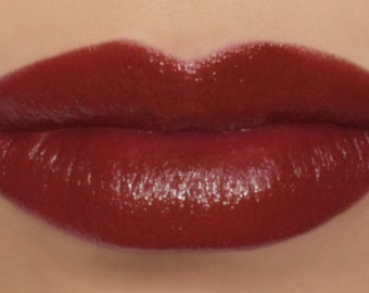 """Vegan Red Lipstick - """"Carnelian"""" made from natural ingredients"""