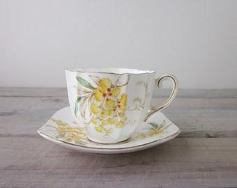 Vintage Paragon Bone China Teacup Wistaria