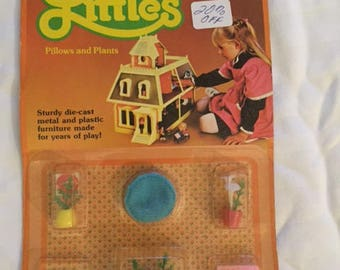 Vintage Littles Miniature Potted Plants still in box!