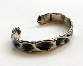Hammered cuff, Sterling silver cuff, oxidised bracelet, unisex bracelet, statement cuff, oxidised cuff, simple cuff - Can't Let Go B3003