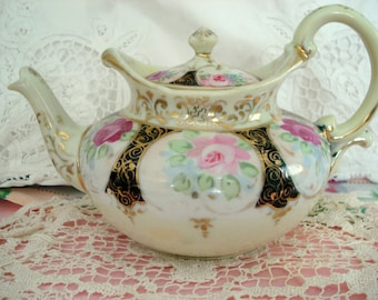 Vintage Shabby Teapot Pink Roses 3-4 Cup China Shabby Cottage Chic
