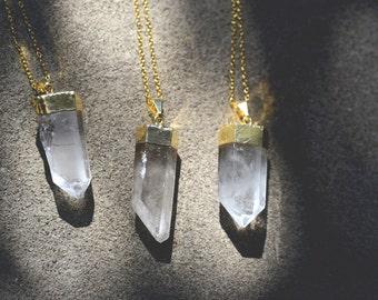 Gold Dipped Quartz Necklace // Clear Quartz Crystal Necklace // Healing Stone Jewelry / Gold Quartz Necklace / Boho Jewelry Crystal Necklace
