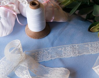 """French Valenciennes Lace- (LFV114EDG834)1 /4"""" edging"""