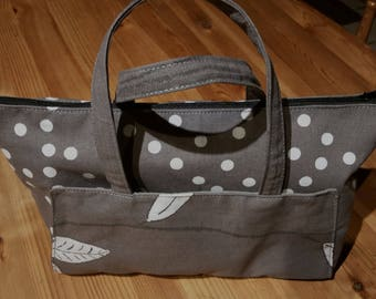 bag lined with pockets outside