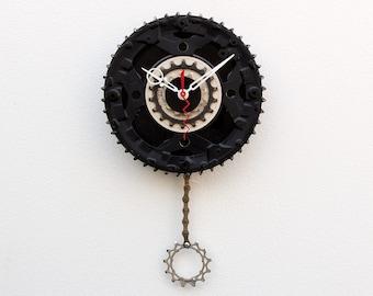 bike parts clock, Bike Gear Clock, cyclist gift, boyfriend gift, bicycle parts gift, unique repurposed bike clock, Recycled Bike Gear Clock