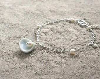 Shell bracelet, Ceramic bracelet Pearl bracelet Silver bracelet Ocean bracelet Beach bracelet Everyday bracelet Birthday gift-boohua