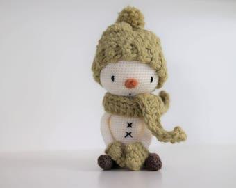 LuiSnowman Crochet amigurumi pattern Mr. Luiwood