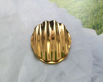 Vintage brooch, gold color brooch, clip brooch, jewel brooch, vintage clip jewel brooch