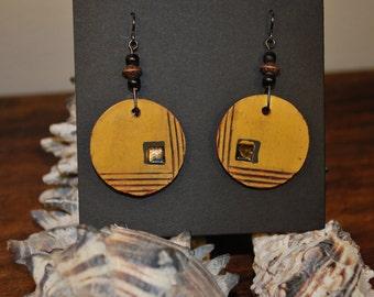 Ceramic dangle earrings w/ gold luster