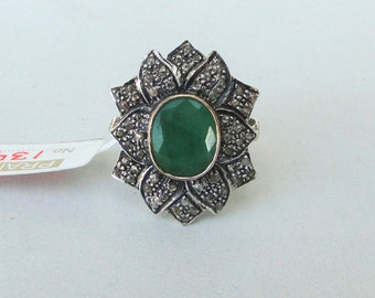 Victorian Diamond & Emerald 14 Carat Gold Silver Finger Ring