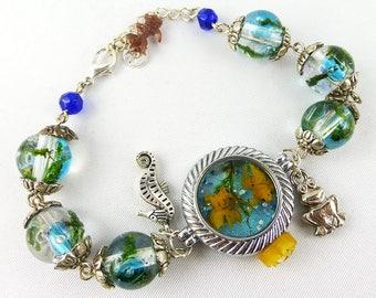 Bracelet, Resin