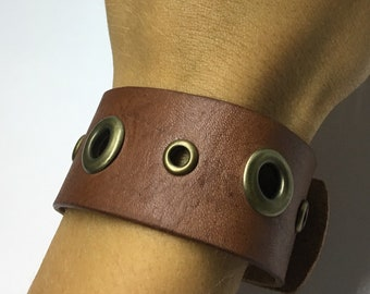 Genuine Leather Cuff Bracelet / Womens Leather Bracelet / Western Jewelry / Cowgirl Bracelet / Boho Bracelet / Handmade