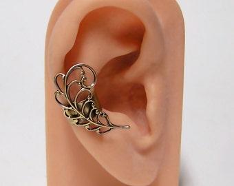 Victorian Leaf Ear Cuff  (o)