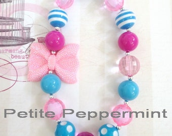 Pink and Turquoise Girl Necklace, Toddler Chunky Necklace, Baby Bead Necklace, Girl Jewelry, Toddler Girl Jewelry, Chunky Bead Necklace
