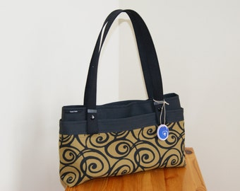 CLEARANCE 30% off-Contemporary Cameleon Purse- 3 purses in one.