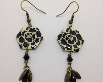Earrings bronze resin, Japanese flower print.