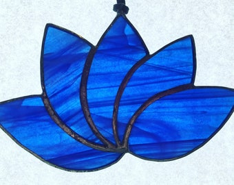 Lotus Flower Suncatcher - Stained Glass