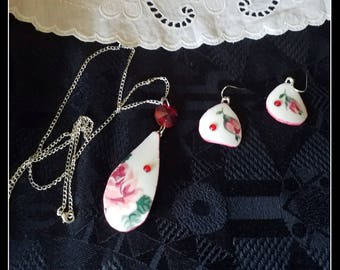 Handmade red rose broken china pendant and dangle earrings