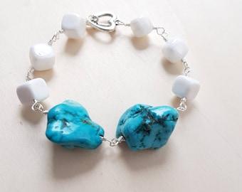 Turquoise bracelet, White bracelet,  Gemstone bracelet, Boho bracelet, Turquoise jewelry, Beaded bracelet, Simple bracelet,  Chunky bracelet