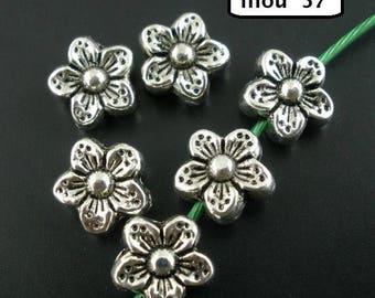 Fleur 5 petals set of 10 beads 9mm spacer beads