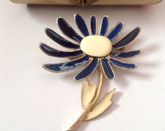 Floral Brooch in enamel and navy blue petals and cream leaves