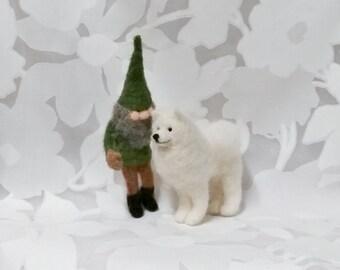 Little Gnome Big Samoyed