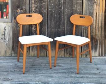 Paire de Midcentury chaises de salle à manger / côtés