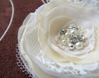 Ivory, cream wedding bridal hair flower, bridal hairpiece, bridal hair clip, wedding fascinator, wedding hair accessories, READY TO SHIP