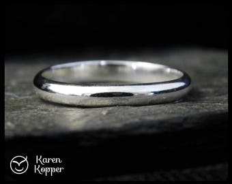 Thin Sterling silver wedding ring, half-round wire, made at your size. Wedding bands, engagement ring, ring for men