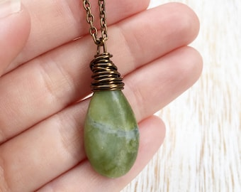 Jade Necklace, Brass Jewelry, Wire Wrapped Stone, Green Jade Jewelry, Wire Wrap Jewelry, Gemstone Necklace, Stone Necklace, Gemstone Jewelry