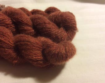 Recycled cashmere yarn, lace, rust