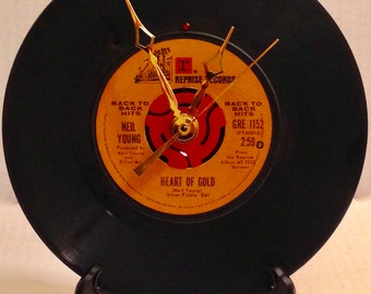 """Recycled NEIL YOUNG 7"""" Record • Song: Heart Of Gold • Record Clock"""