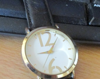 red herring working watch used,Terner ladies watch working, Accurist made in japan three watches as shown