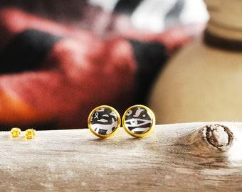 Stud earrings hieroglyphics, black, gold base 10 mm, inspiration ancient egypt, Women