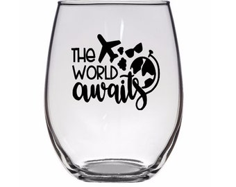 The World Awaits Travel Lover Wanderlust Pint Glass Wine Alcohol Cup Mug Home Decor Bar Jenuine Crafts